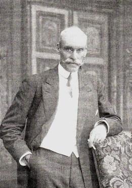 Pierre, troisième enfant de Charles et Henriette. De Madeleine de Boutray, il eut deux enfants qui furent les derniers Nugent en France. Il décéda à Versailles en 1916.
